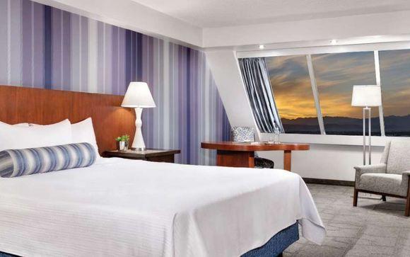 Luxor Hotel & Casino 3*