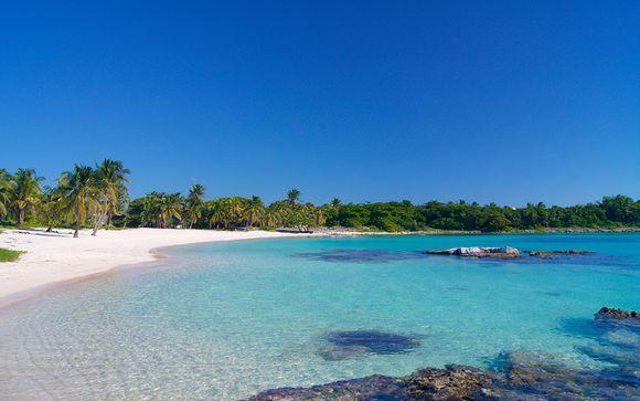 Lush Jungle & Idyllic Beaches