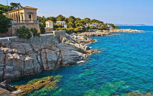 Stunning Mediterranean Views & Four-Star Luxury
