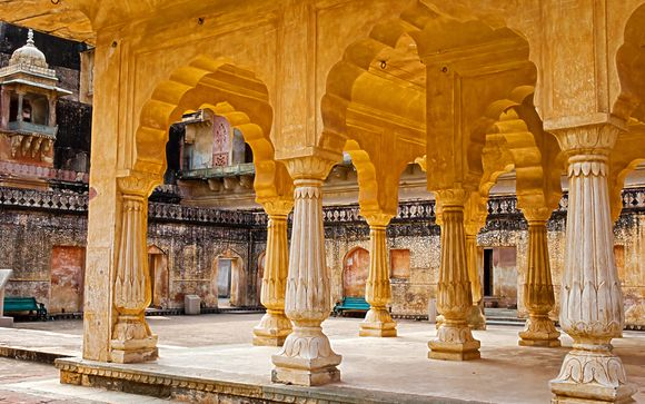 Intriguing 10 Night Journey Through India's Highlights