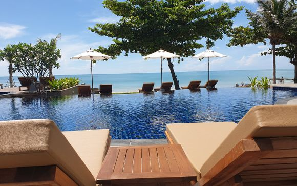 Khanom Beach Resort & Spa 4*