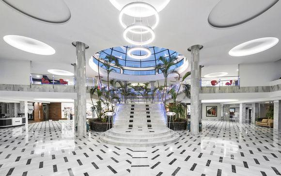 Elba Premium Suites 4*