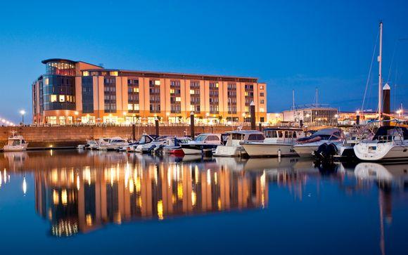 Radisson Blu Waterfront Hotel 4*