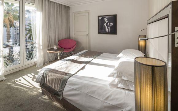 Hotel Le Canberra Ocre Et Azur 4*
