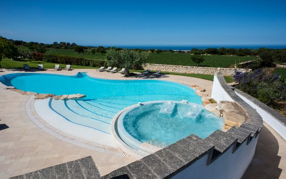 Italian Clifftop Resort with Spa Access