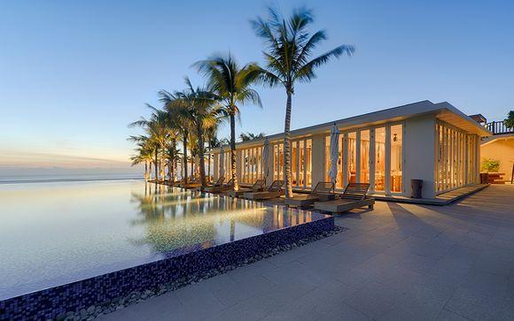 Naman Retreat Hotel, Danang 5*