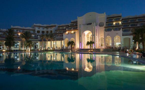 Royal Lagoons Aqua Park Resort and Spa 4*