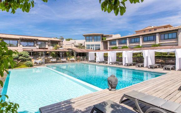 Hotel Le Roi Theodore 4*