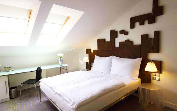 Pure White Hotel 4*