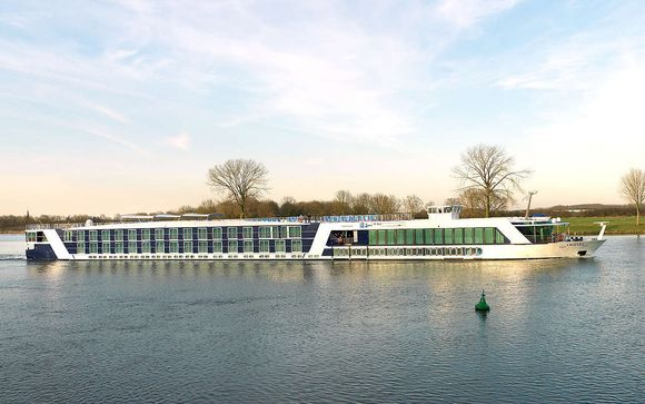 AmaLyra River Cruise