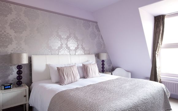 Brooks Guesthouse 4*