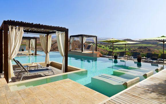 Oasi di relax con piscina a pochi passi dalla spiaggia
