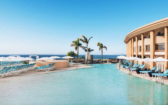 Lusso e relax a 5* con vista panoramica sull'oceano