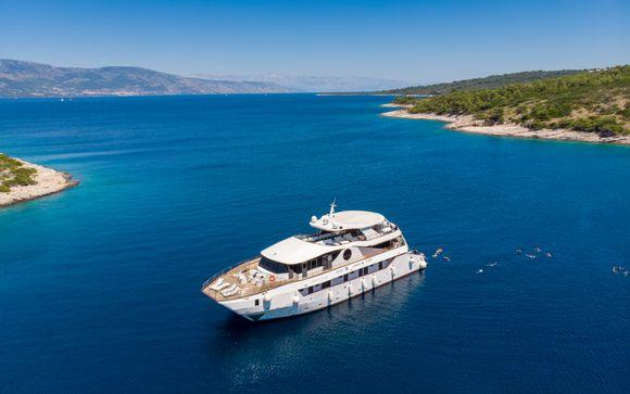 Crociera nell'Adriatico a bordo di una crociera di charme sull'abbagliante costa dalmata della Croazia