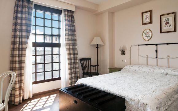 PortAventura and Hotel Colorado Creek 4* or Hotel Gold River 4* - Salou - Up to -70%   Voyage Privé