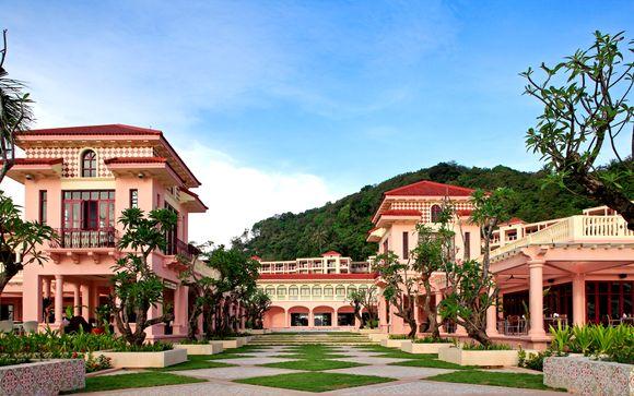 Centara Grand Beach Resort Phuket 5*