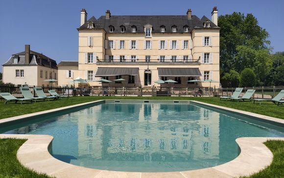 Chateau De Saulon 4*